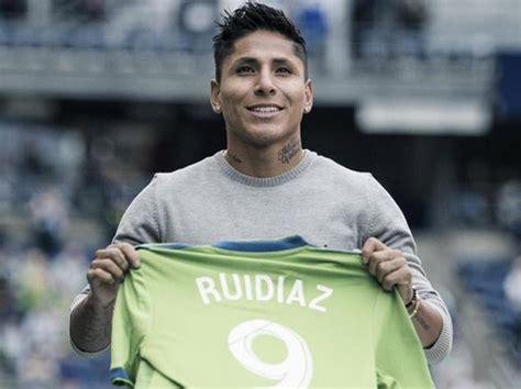 Raúl Ruidíaz confía en que mejorará como futbolista en la ...