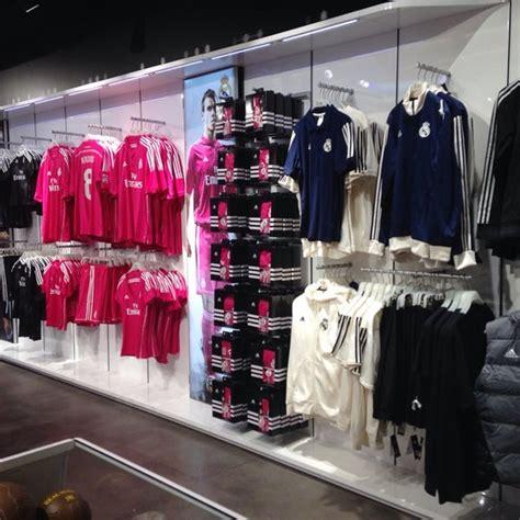 Real Madrid Official Store   Gran Vía   31 Gran Vía