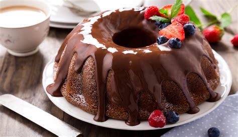 Receta de Bizcocho de yogur con chocolate