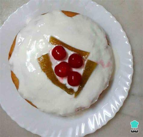 Receta de Bizcocho de yogur sin huevo y sin azúcar