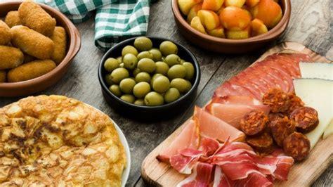 Receta de las mejores tapas típicas españolas, sencillas y ...