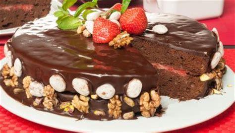 Receta de Tarta de chocolate y plátano   Eva Arguiñano
