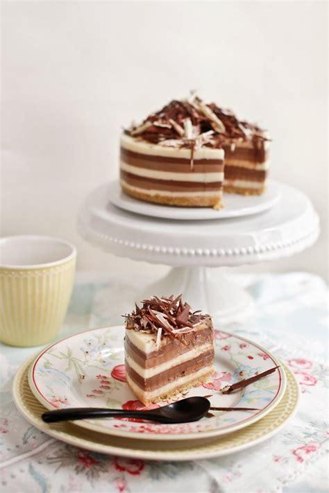 Receta de tarta de tres chocolates sin horno   Fiestas y ...