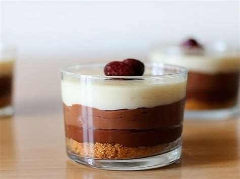 Receta de tarta de tres chocolates   YouTube