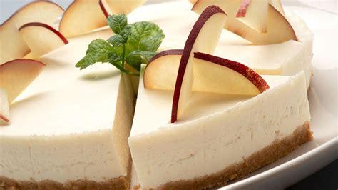 Receta de Tarta fría de briñón o nectarina y queso   Eva ...