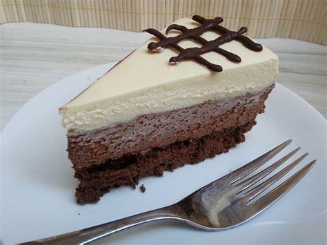 Receta de tarta tres chocolates thermomix   Unareceta.com