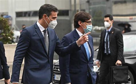 Reciben a Pedro Sánchez con abucheos en el Hospital de La ...
