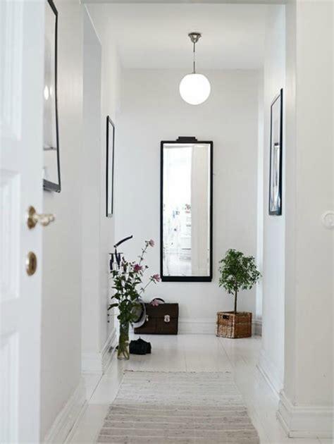 Recibidores modernos con espejos de recibidor en forja
