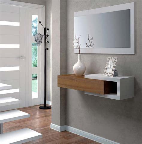 Recibidores prácticos y modernos: Amueblar y decorar entradas