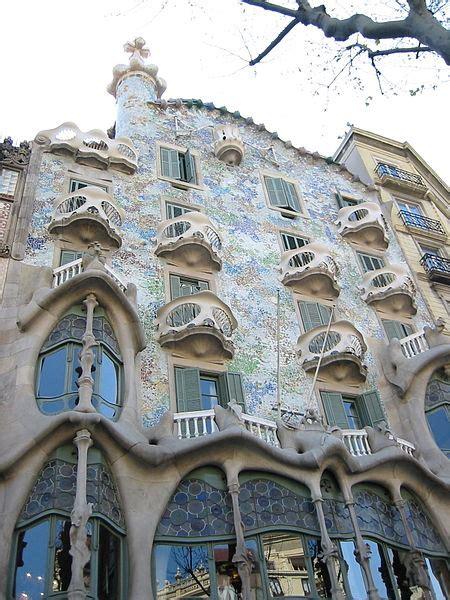 Recorriendo Barcelona a través de las obras de Gaudí ...