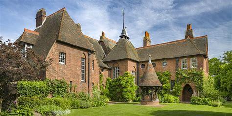 Red House de William Morris   La primera obra de ...