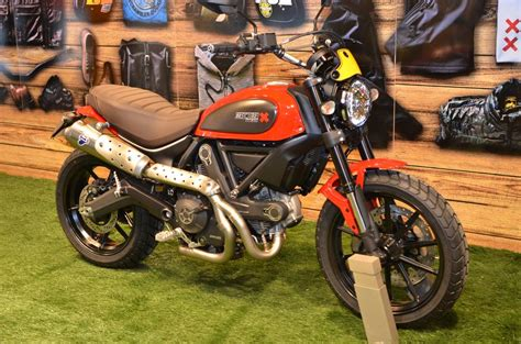 Red Icon with Brown seat | Ducati Scrambler Forum