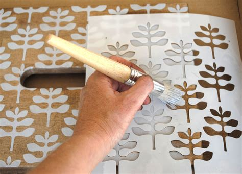 Reloved Magazine, an Ikea Hack and a lot of Stencils ...