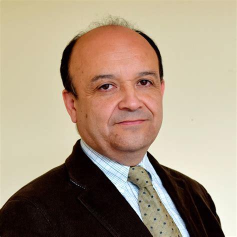 Renato Carrasco Méndez   Universidad Santo Tomás