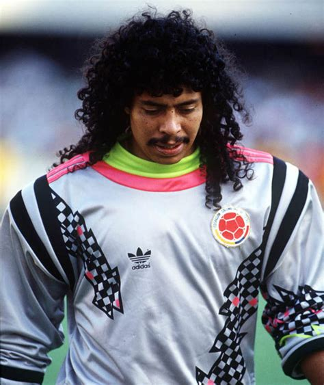 Rene Higuita playing for Colombia | Football s worst ...