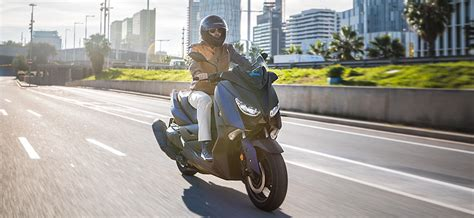 Renting de motos para particulares en Madrid | Cooltra.com