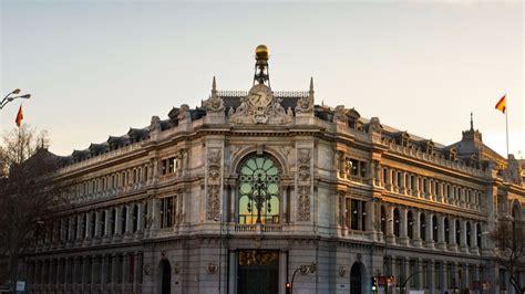 Renuncian los tres directivos del Banco de España ...