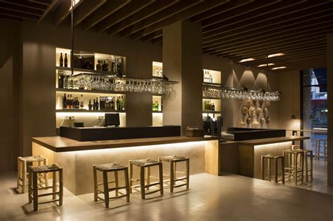 restaurantes Turqueta Valencia | Estantes de copas | 라운지 ...