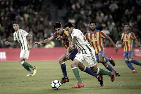 Resumen Valencia 2 0 Real Betis en La Liga 2018   VAVEL.com