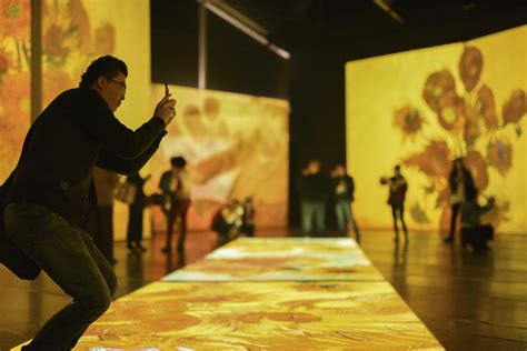 Review: Van Gogh Alive, The Royal Hall of Industries ...