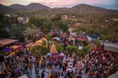 Review: WooMoon at Cova Santa Ibiza   Ibiza Spotlight