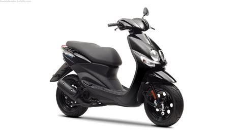 Revista Scooter: Nueva Yamaha Neo s Easy