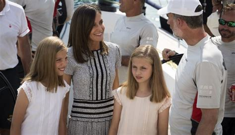 Rey Felipe y Reina Letizia: Difunden video donde monarca ...