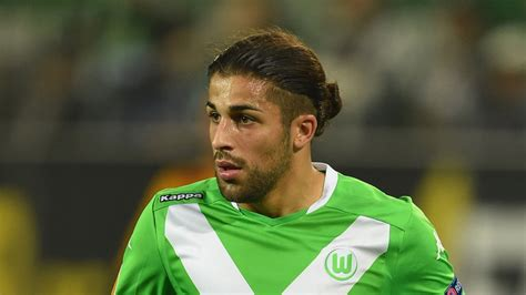 Ricardo Rodriguez confirms intention to leave as Arsenal ...