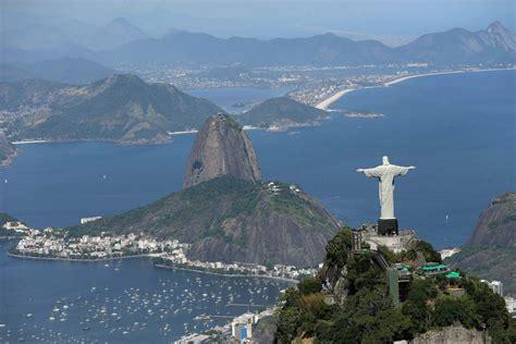 Rio de Janeiro on brink of financial collapse as Olympics near