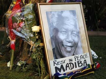 RIP Nelson Mandela: Top trending topic on Twitter
