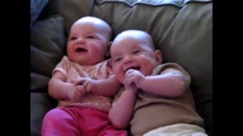 Risas de bebés muy graciosas y contagiosas!! Parte 1   YouTube