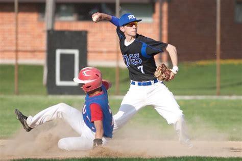 Riverside Brookfield baseball still in hunt despite mixed ...
