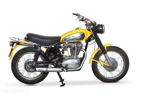 RM Style   MOTO PASSION: 1972 : Ducati Scrambler 250/450