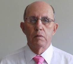 Roberto Escobar, El Hermano Mayor del Patrón   abril 2020