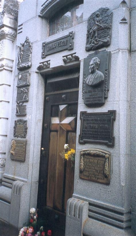 Robo de las manos de Juan Domingo Perón   Wikipedia, la ...