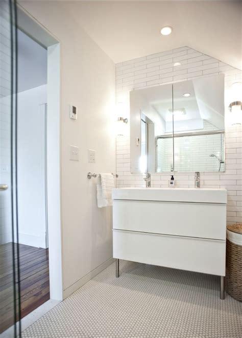 Rock Paper Hammer Architects & Designers Modern Bathroom ...