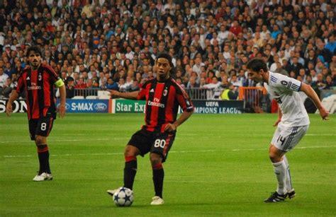 Ronaldinho dice adiós al futbol tras 20 años de juego ...