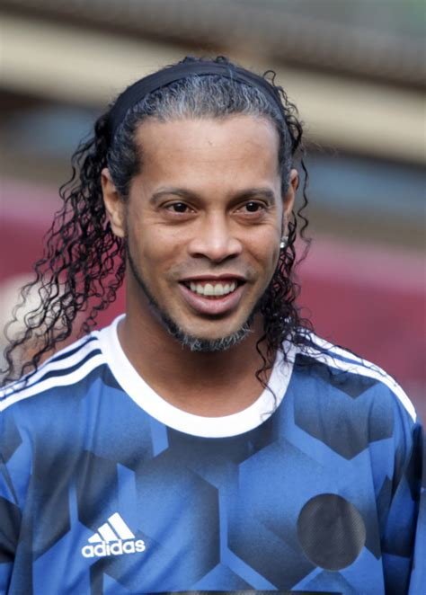 Ronaldinho — Wikipédia