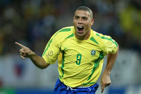 Ronaldo Nazario net worth – Myphonefootball