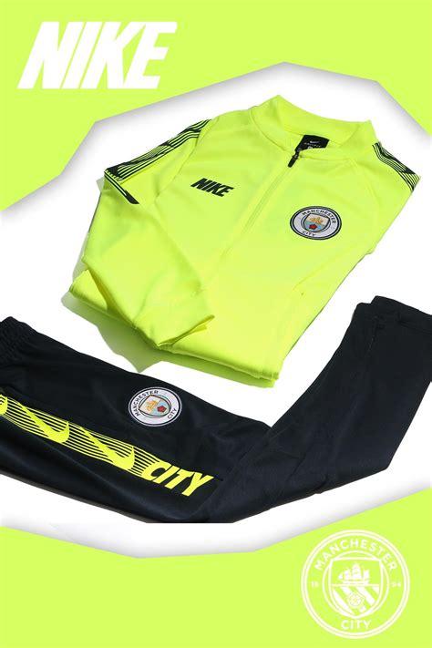 Ropa de entreno del Manchester City para niño. # ...