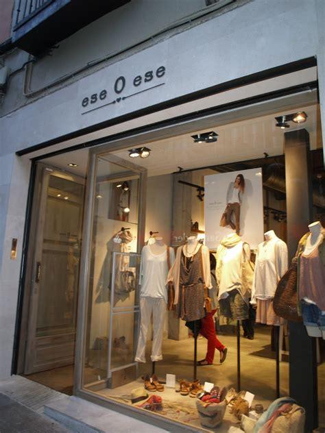 Ropa Elite, última moda: Tiendas de ropa en la calle ...