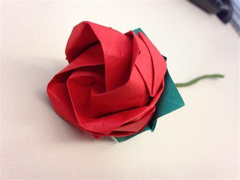 Rosa em Origami | Plicat | Elo7