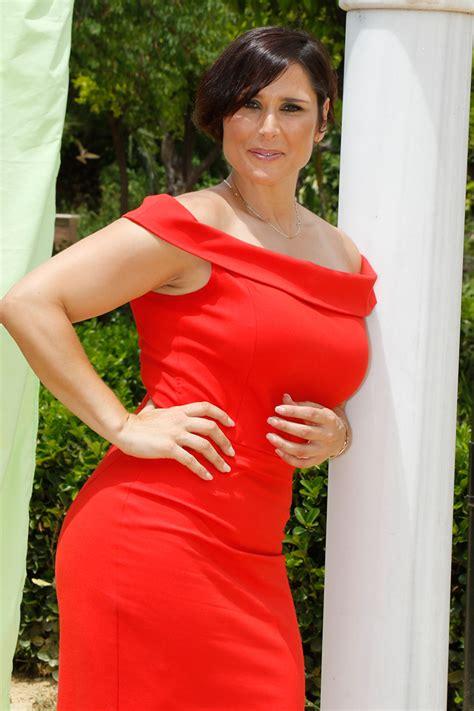 Rosa López, de representante en Eurovisión a reina del fitness