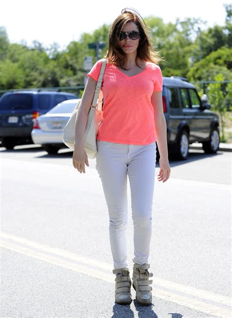 Rose McGowan in Rag & Bone Jeans   Denimology