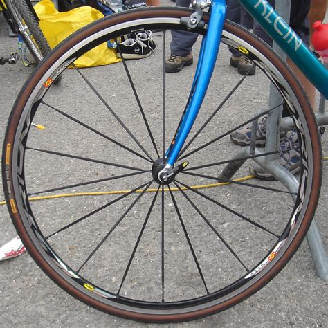 Roue de vélo — Wikipédia