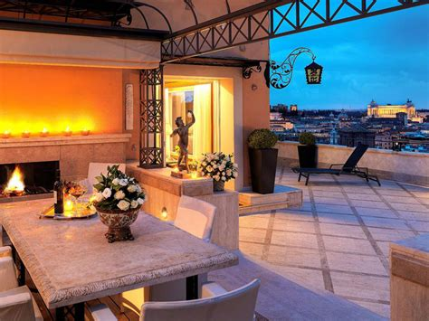 Royal Luxury: The Top 6 Best Suites in Rome