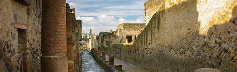 Ruinas de Herculano. No solo el Vesubio arrasó Pompeya ...