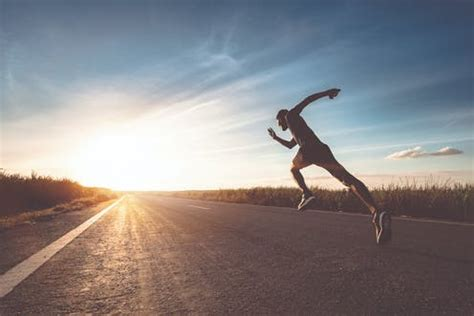 Running shoes: how science can help you to run faster and ...