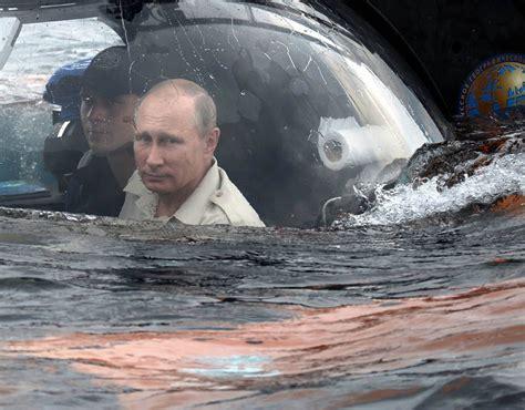 Russian President Vladimir Putin submarine trip | Vladimir ...