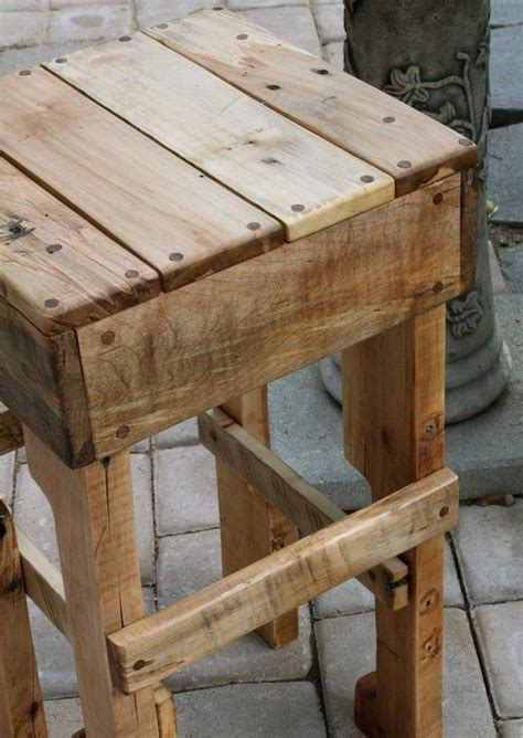 Rustic Pallet Wood Tall Stool | Wood pallets, Diy ...